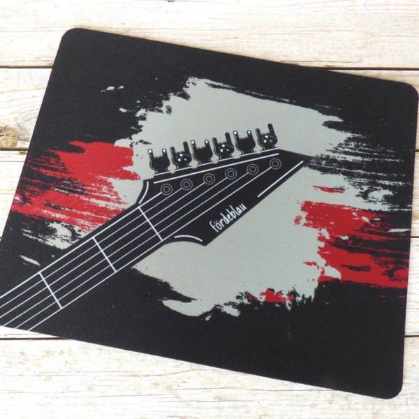 Heavy Metal Mousepad mit Gitarrenmotiv im Grunge-Design