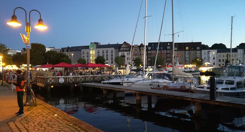 Flensburger Hafen am Abend