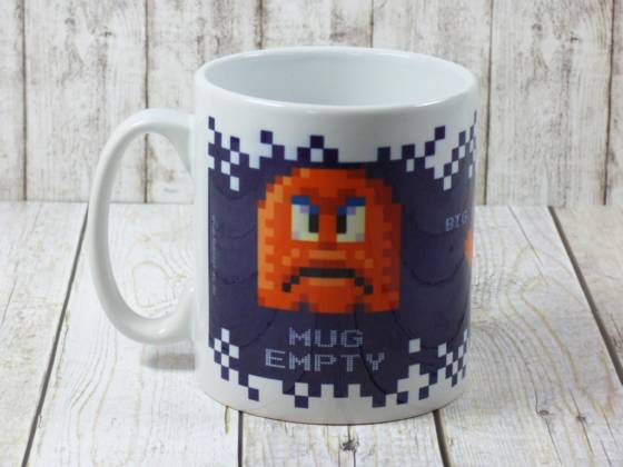 Pixel-Design Becher