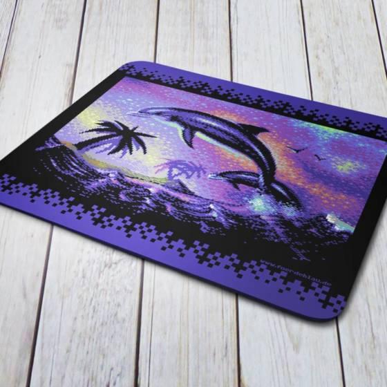 """Pixel-Art Mousepad Unterlage mit Motiv """"Dolphins can Fly"""" im 80er Jahre Kitsch-Design"""