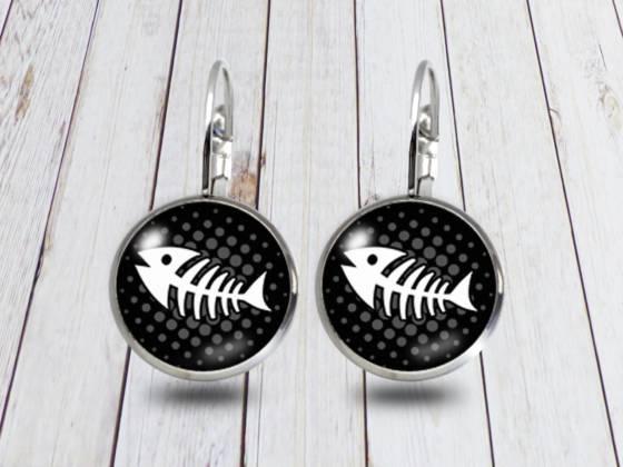 Maritime Ohrringe hängend mit Fischgräte schwarz
